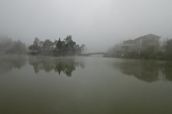 優選-邱坤福-向天湖