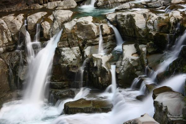 佳作-吳俊霖-神仙谷瀑布