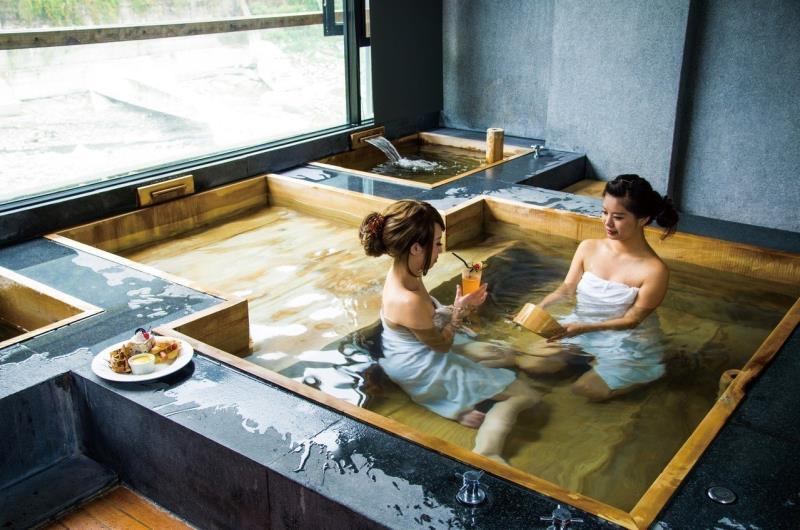 Beautifying hot springs make Maoli a popular tourist county