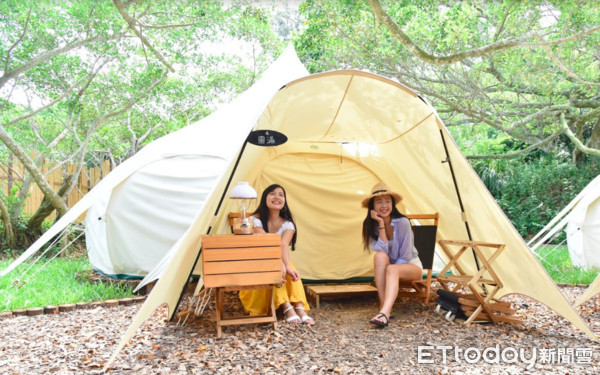 """Lazy camping"" made possible with Mongolian yurts"