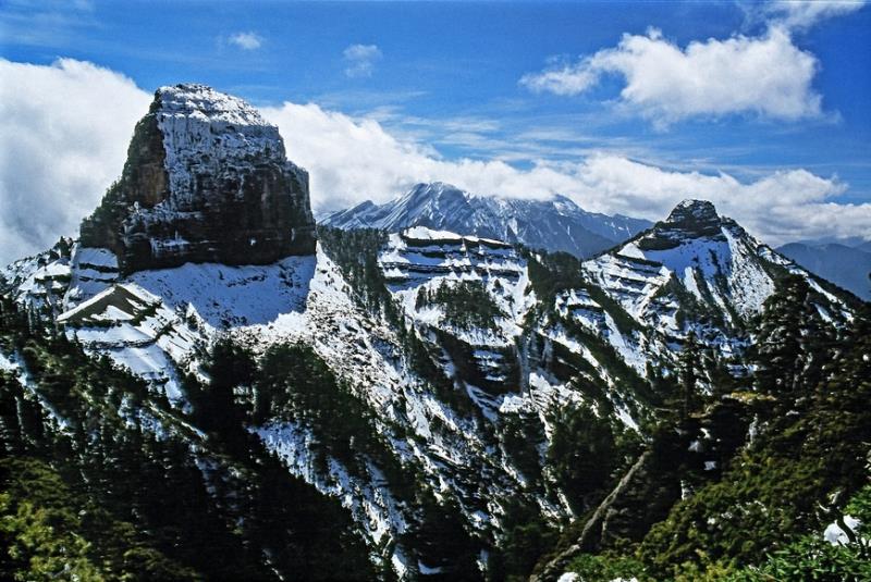 雪霸國家公園 大小霸尖山雪景