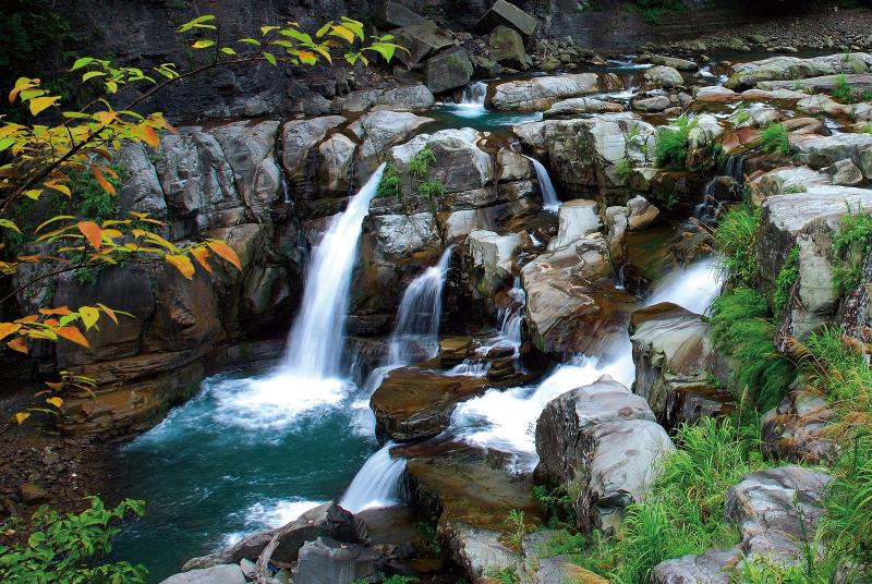神仙谷 奔流溪水