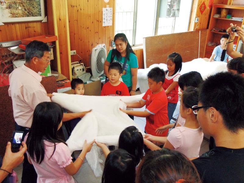 泉明生態教育蠶業農場 導覽解說