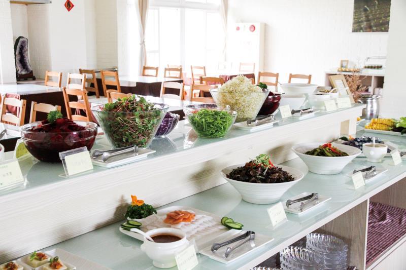 迴鄉有機驛站 蔬食自助餐