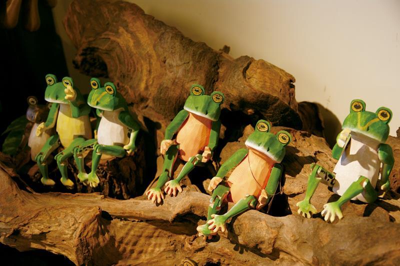 三義鴨箱寶 青蛙