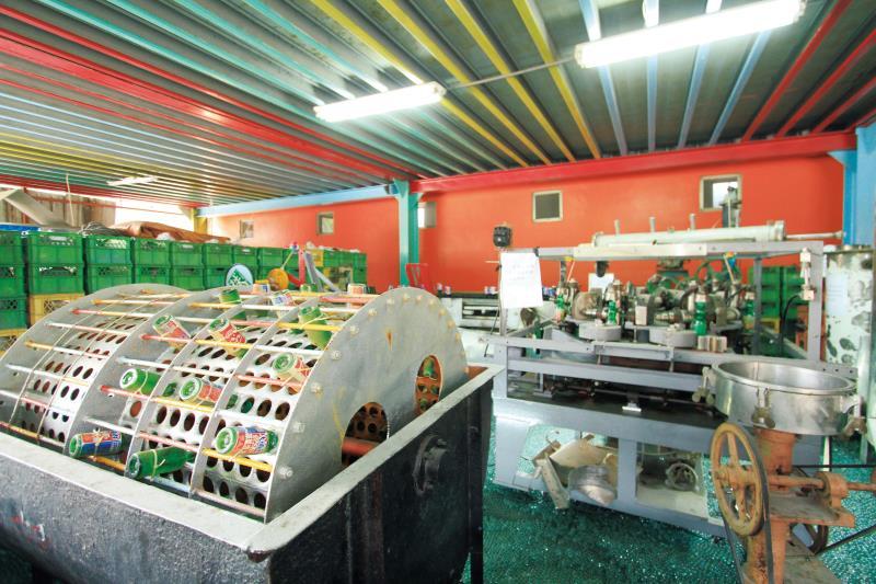納姆內彈珠汽水觀光工廠 內部