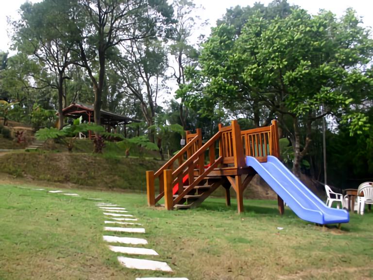 山城複合式庭園餐廳 綠地