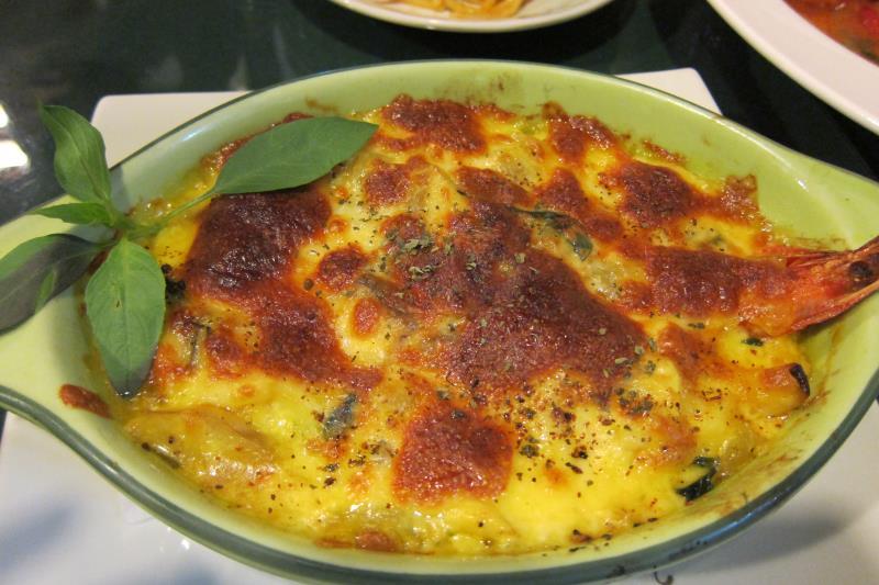 鬱金香海鮮烤飯